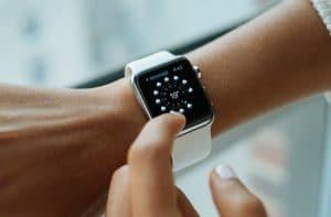 apple-watch-chytre-hodinky