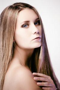 hair-growth-serum-pripravek-na-vlasy