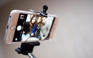 selfie tyč jak vybrat