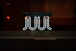 JUUL elektronická cigareta [recenze]